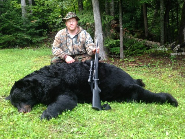 Biggest-Black-Bear-of-the-season-2013-1024x768